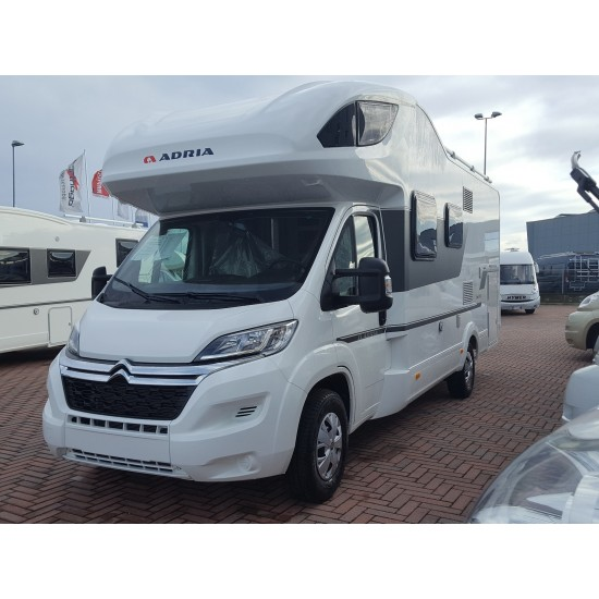 ADRIA CORAL XL AXESS 670 SP - 2018