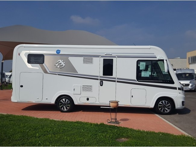 Knaus sun i 700 lg modello 2019 - Finestre camper usate ...